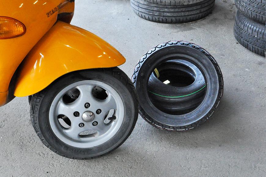 cambio pneumatici scooter